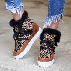 Femmes PU Talon compensé Talon plat Bottines bout rond Bottes d'hiver avec Dentelle Fleurie chaussures