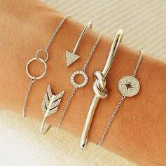Style Classique En couches Alliage Strass Femmes Bracelets 5 PCS