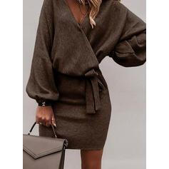 Couleur Unie Manches Longues Moulante Au-dessus Du Genou Petites Robes Noires/Élégante Robes