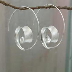 Oval Alloy With Minimalist Women's Earrings