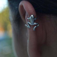Stylish Frog Alloy Women's Earrings