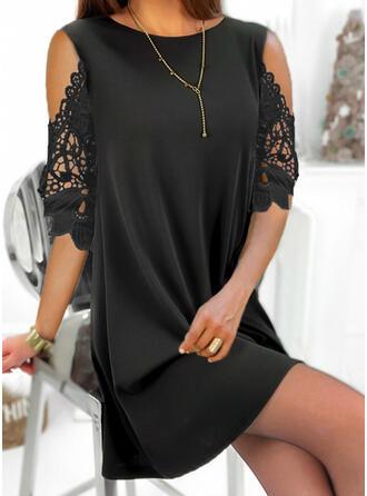 Dentelle/Couleur Unie Manches 1/2 Droite Au-dessus Du Genou Petites Robes Noires/Élégante Tunique Robes