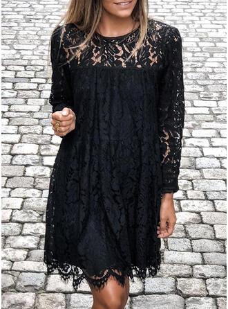 Dentelle/Couleur Unie Manches Longues Droite Longueur Genou Petites Robes Noires/Élégante Tunique Robes
