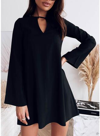 Couleur Unie Manches Longues Droite Au-dessus Du Genou Petites Robes Noires/Élégante Tunique Robes