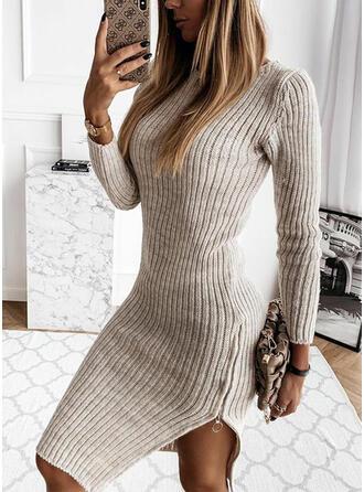 Couleur Unie Manches Longues Fourreau Longueur Genou Petites Robes Noires/Décontractée Pull Robes